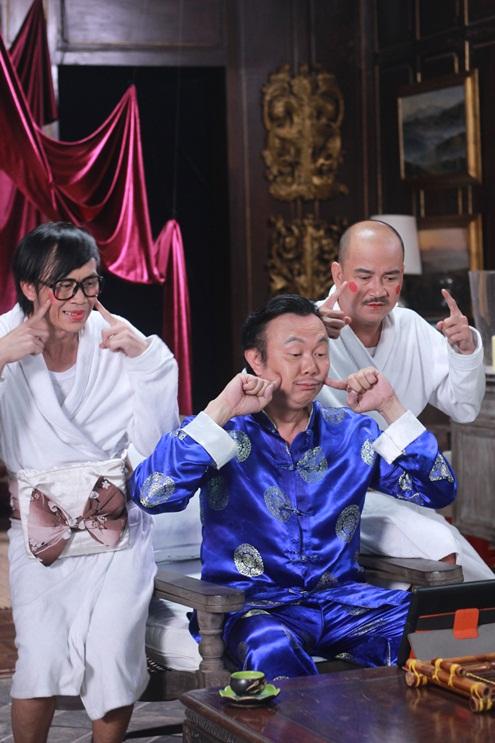 Hoàng Sơn sẽ đóng vai bạn đồng môn của Hoài Linh trong phim. Kết hợp cùng nhau trong phim, hai danh hài hứa hẹn sẽ gây nhiều tiếng cười cho khán giả.