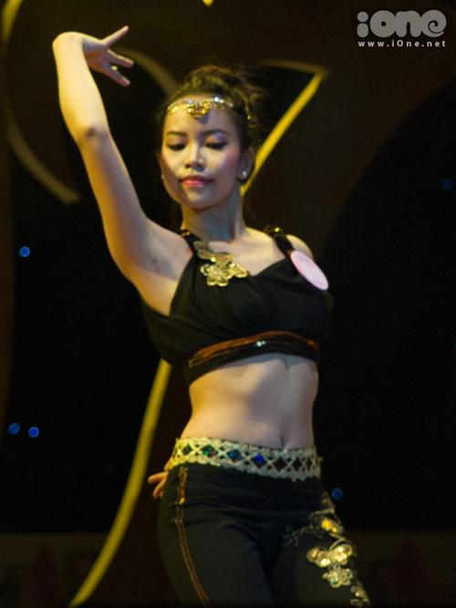 Tối 4/11, Vòng Chung kết cuộc thi Duyên dáng sinh viên Đại học Đà Nẵng năm 2013 đã diễn ra tại Nhà hát Trưng Vương, thành phố Đà Nẵng.