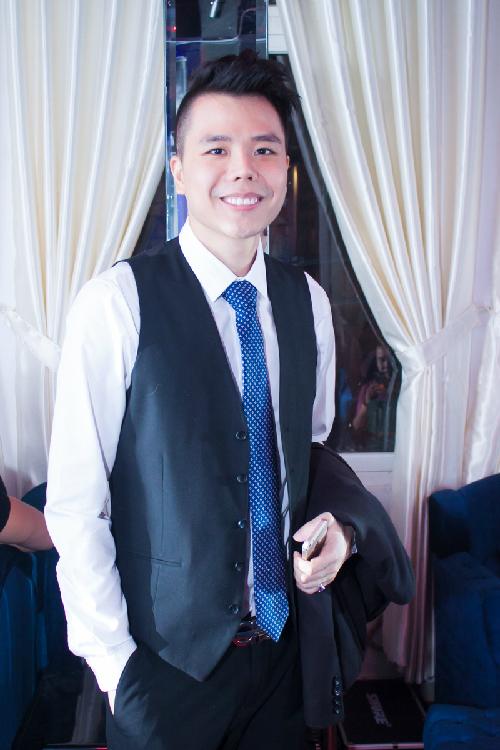 Trịnh Thăng Bình lịch lãm đến tham dự sự kiện.