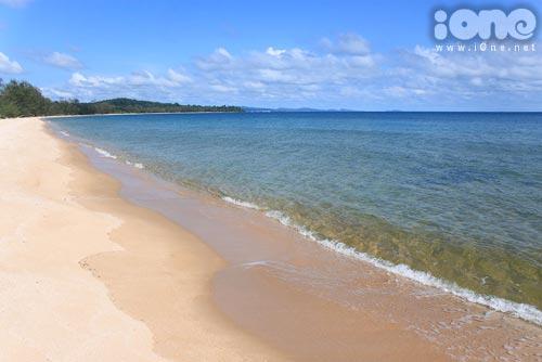 Biển xanh, cát trắng, lãng mạn quá phải không?