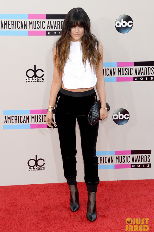 kendall-kylie-jenner-amas-2013-4345-9821