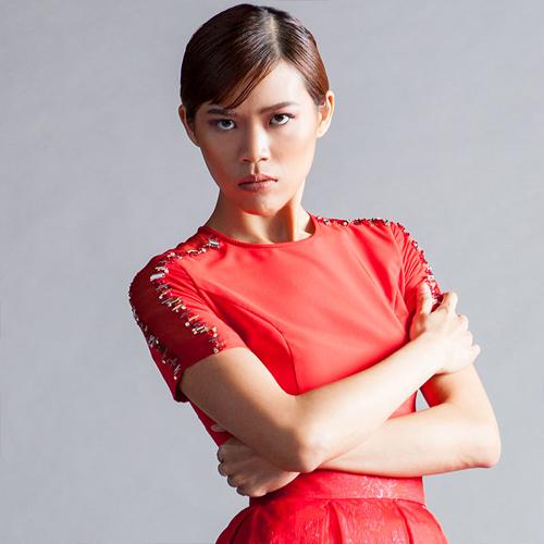 Elektra người Hong Kong 21 tuổi cao 1m75.