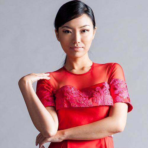Jessie người Trung Quốc 22 tuổi cao 1m70.