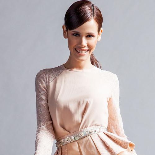Natalie người Đài Loan 25 tuổi cao 1m70.