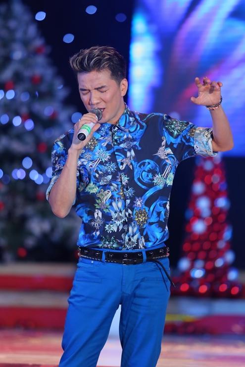 Đàm Vĩnh Hưng sẽ là một trong những ca sĩ khách mời trong live show của nữ ca sĩ. Lâm Chi Khanh chia sẻ tiết mục của Mr Đàm là một tiết mục được đầu tư vô cùng hoành tráng, chắc chắn sẽ khiến khán giả mê mệt.