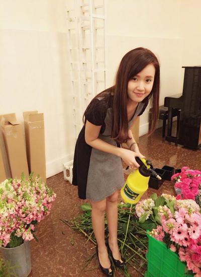 Sang-som-em-hai-hoa-hong-ban-c-4988-5793