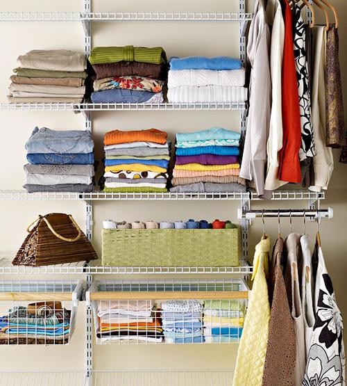folding-clothes-6879-1385573712.jpg