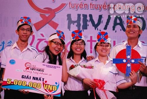 HIV-12-1415-1385917027.jpg