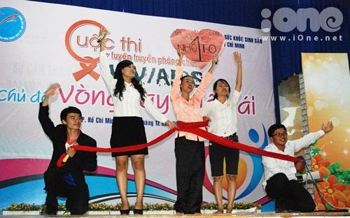 HIV-9-7175-1385917025.jpg