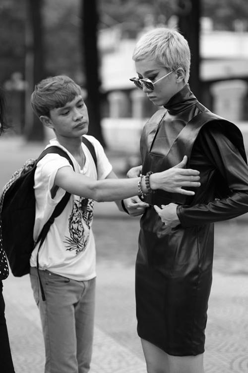 Nhờ gout thẩm mĩ tốt, Thịnh thường xuyên cộng tác trong vai trò stylist cho những bộ ảnh độc đáo của nhiều người mẫu nổi tiếng như Thùy Trang, Thanh Hoa, Kha Mỹ Vân, Phan Linh...
