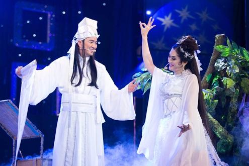 Đàm Vĩnh Hưng cùng Lâm Chi Khanh tái hiện lại chuyện tình đầy cảm động của Bạch xà và Hứa Tiên.