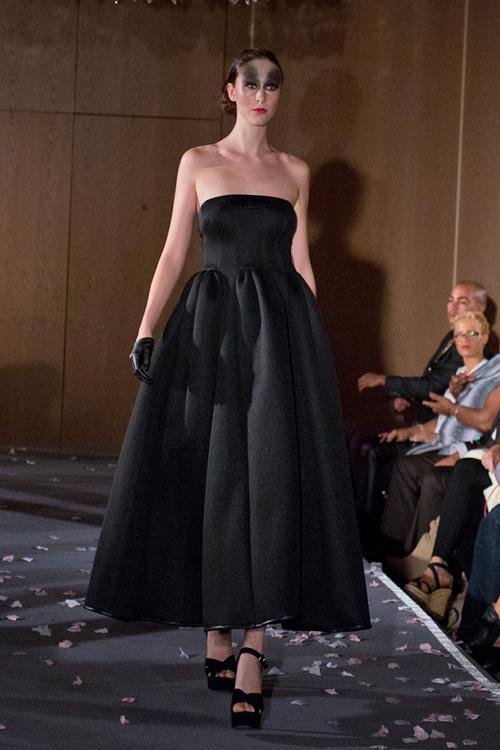 Chung kết Vietnam's Next Top Model 2013 sẽ diễn ra vào ngày 22/12 tới với sựnhững chuyên gia nổi tiếng của giới thời trang quốc tế như: chuyên gia Catwalk - Miss J, bố già thời trang Singapore - Daniel Boey, nhiếp ảnh gia nổi tiếng đến từ Anh Quốc - Lee Powers