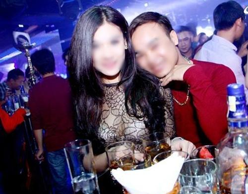 Cô gái Hà thành lên án bạn trai cũ đòi quà là câu chuyện được bàn tán rầm rộ nhất năm 2013. Ảnh: FB.