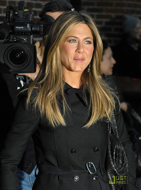 jennifer-aniston-4172-1387796166.jpg