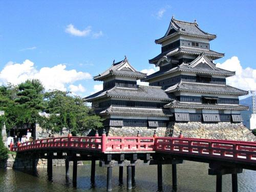 matsumoto-castle-7259-1387946600.jpg