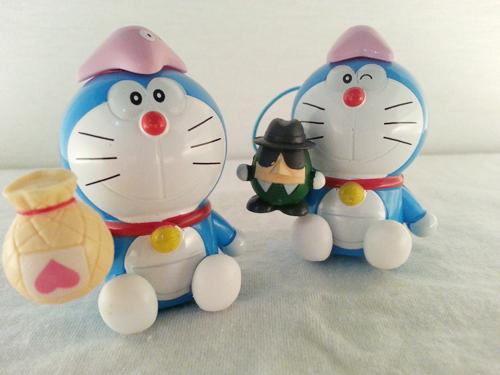Các bạn mèo cute đang chờ các ấy đem về nhà đây.