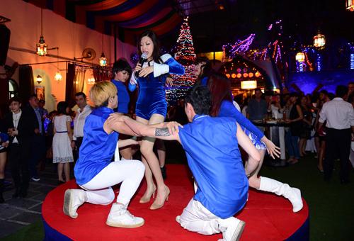 Vào những ngày đầu năm mới 2014, Trang Pháp sẽ chính thức trình làng MV ca khúc Lựa chọn, một sáng tác mới nhất của mình. Lựa chọn là ca khúc Trang Pháp trình diễn lần đầu tiên tại đêm chung kết cuộc thi Vietnam's Next Top Model 2013 vừa qua và được đông đảo khán giả ủng hộ rất nồng nhiệt.