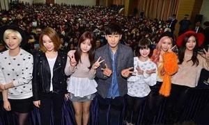 T-ara rủ trai đẹp 'Reply 1994' hẹn hò với nghìn fan