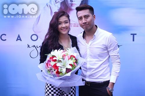 Trong buổi ra mắt single debut của Cẩm Tú - cháu gái nhạc sĩ Only C người từng làm mưa làm gió với ca khúc Anh không đòi quà.
