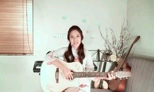 Nữ sinh gốc Việt cover 'Con bướm xuân' bằng 5 thứ tiếng