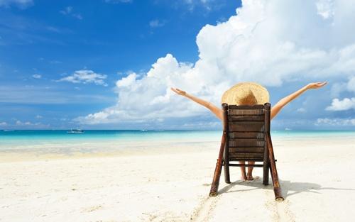 Một kỳ nghỉ tuyệt vời sẽ là phần thưởng và động lực để bạn không còn thấy nhàm chán nữa. Ảnh: Wordpress