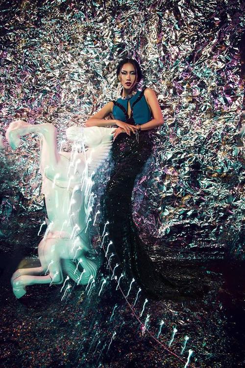 Concept&Stylist: Huỳnh Lương Kỳ Trân Photo: Nguyen Tran Minh Tri Model: Nhã Trúc Make Up:  IVan Lei Costume By Lê Thanh Hòa Assistant: Sin Đại Ác  Location: Quang Khuê Studio