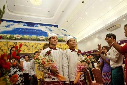 ĐÁM CƯỚI, CẶP ĐÔI, ĐỒNG TÍNH, CHẤN ĐỘNG, MYANMAR