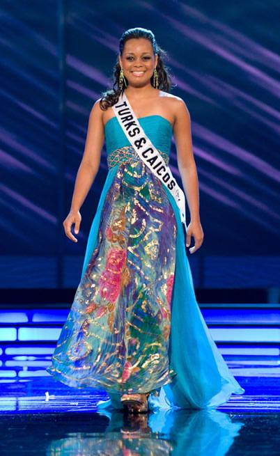Hoa hậu Hoàn vũ Turks & Caicos 2009 Jewel Selver đã sắp đến kỳ khai hoa nở nhụy.