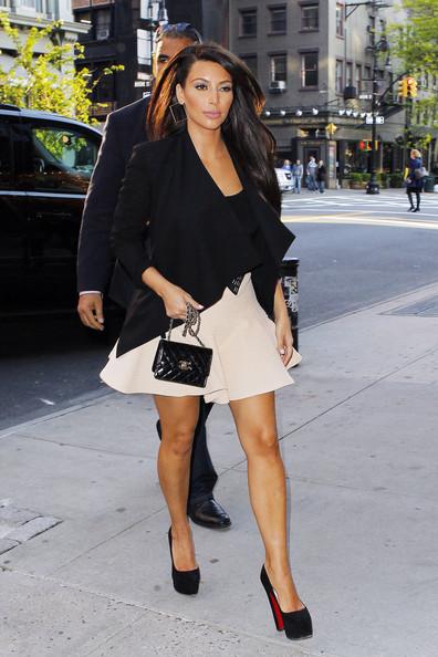 Kim-Kardashian-Kim-Kardashian-2953-9245-