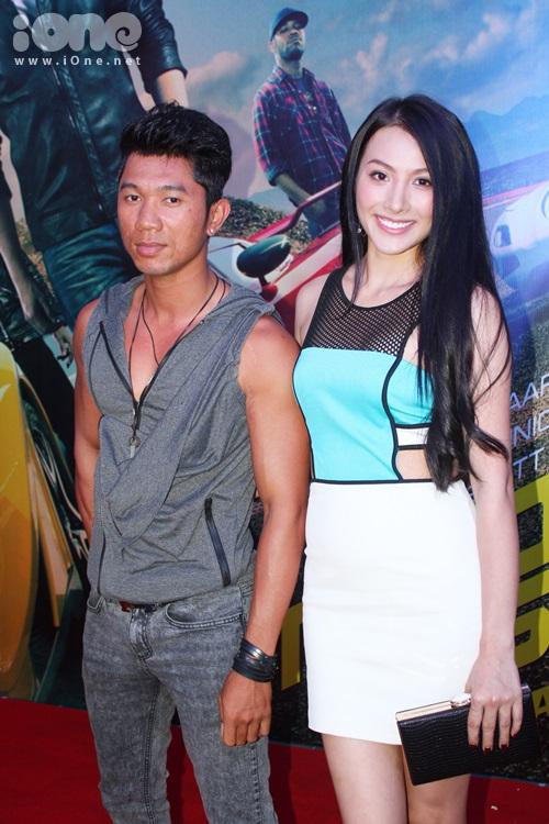 Lương Bằng Quang tháp tùng người yêu Trương Nhi đến xem một trong những bộ phim đua xe hot nhất.