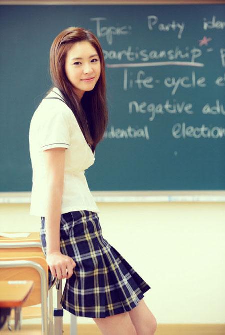 Những tạo hình nữ sinh đẹp nhất của mỹ nhân Hàn