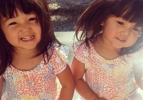 Hai cô con gái dễ thương của Mindy Tran chỉ vừa tròn 2 tuổi đã được người mẹ tuyệt vời cứu bằng cách dùng thân mình chặn bánh xe.