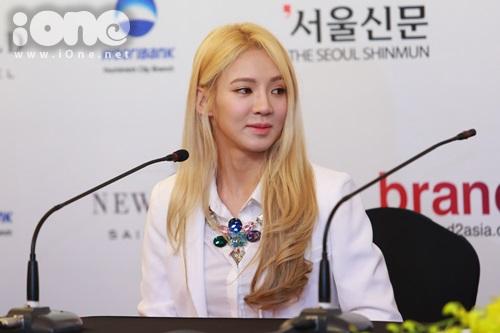 Nhóm SNSD chỉ có thành viên Hyo Yeon