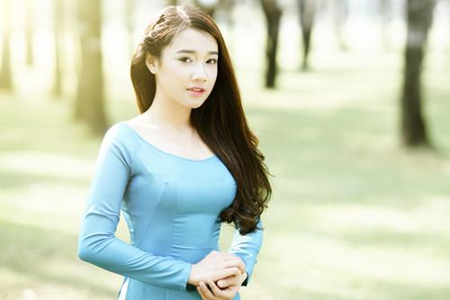 Nhã Phương được báo Hàn giới thiệu là diễn viên trẻ sáng giá của Việt Nam đã đến Hàn Quốc để quay phim. Vai diễn của cô trong phim có nhiều phân đoạn đối đầu kịch tính.