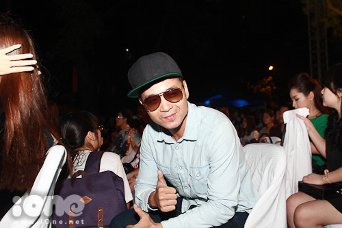 Nhạc sĩ Hà Okio cũng không bỏ lỡ chương trình mang đậm tính tuyên truyền môi trường này.
