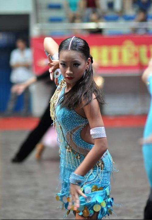 Phan-Nguyen-Quynh-Huong-22.jpg