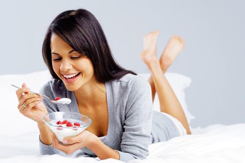 Fruit-on-the-Bottom-Yogurt-4867-13967987