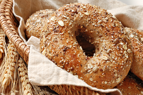 Whole-Wheat-Bagel-1773-1396798704.jpg