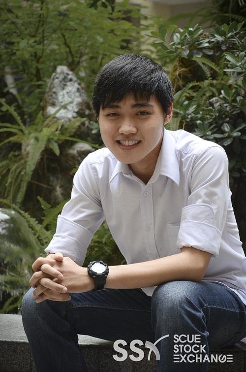 Nghiêm Tuấn Hào Mã số: 03 Sinh viên năm nhất trường ĐH Kinh tế TP.HCM. Hào có sở thích đặc biệt với Rubik, Hào đã từng đạt hạng 2 giải rubik WCA Ho Chi Minh City Open năm 2013 và hạng 3 năm 2012. Hiện tài, Hào cũng đang tham gia Câu lạc bộ Chứng khoán trường ĐH Kinh tế TP.HCM.