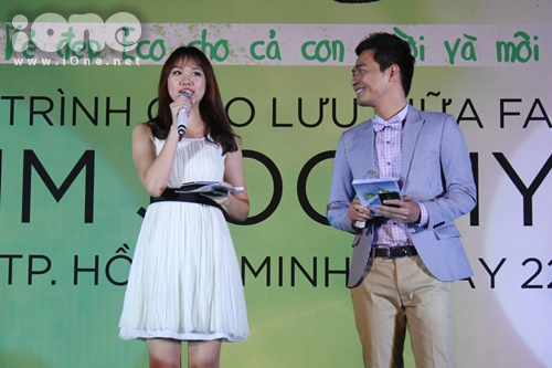 MC Phan Anh gây tranh cãi khi đề nghị tưởng niệm nạn nhân Hàn