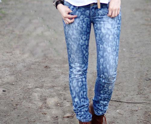 DIY-animal-pattern-jeans-by-2518-1398328