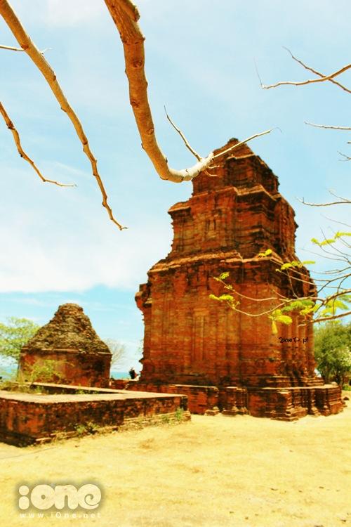 Vẻ đẹp hoang sơ, kì bí của tháp Po Sah Inư.