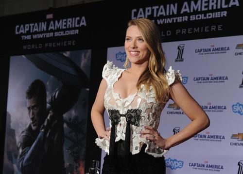 Scarlett+Johansson+Captain+America+Winter+IFf2EDE-cx7l.jpg