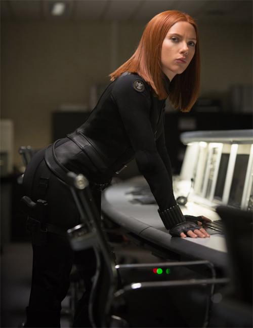 Scarlett-Johansson-in-Captain-America-The-Winter-Soldier-2014-Movie-Image.jpg