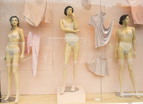 mannequins-in-store-4654-13-1356-1398992