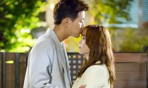 Sao Hàn 11/5: Lee Sang Yoon lãng mạn hôn trán Goo Hye Sun
