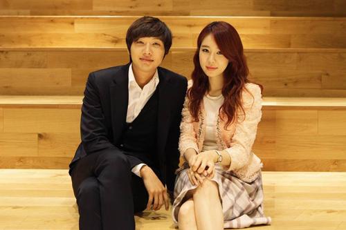 Yoo-In-Na-ji-hyun-woo-14000515-8057-5681