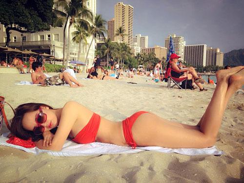 mai-phuong-thuy-bikini-2014-2-9162-14001