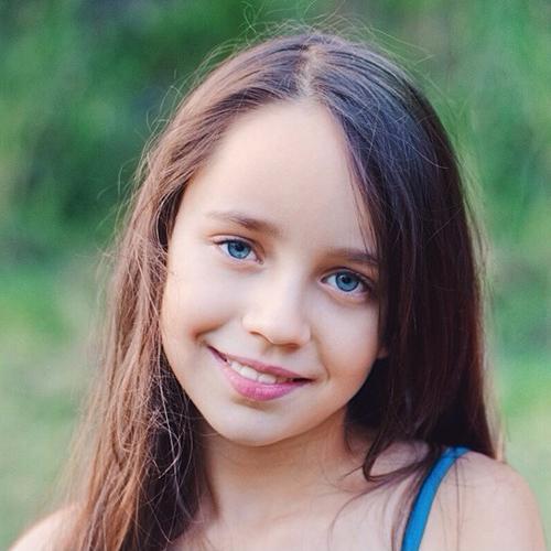 Lara-Saunders-8551-1401349849.jpg