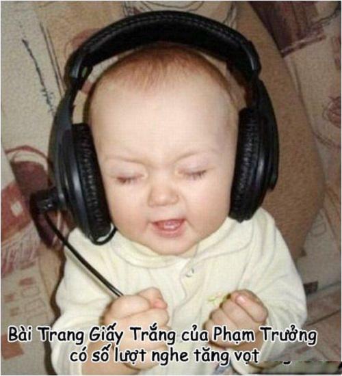 Ca khúc Trang giấy trắng có lượt nghe tăng vọt sau kỳ thi.